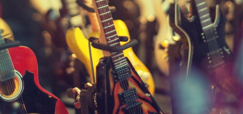 Stufe 2 – 01 Die Verschiedenen Gitarrenmodelle